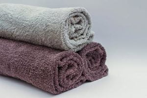 towels for sponge bathe a newborn