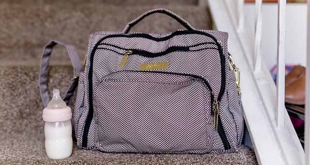 check how to choose a diaper bag